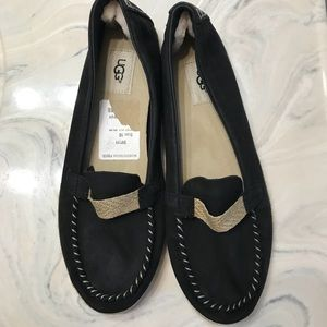 UGG Size 10 black slippers/loafers